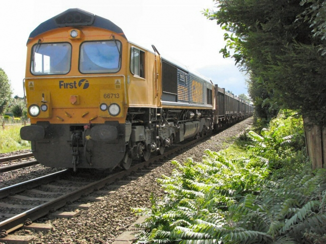 Class 66 713 passing Attenborough