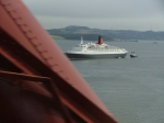 QE2 visits Forth Bridge