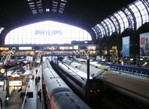 Lots of Trains in Hamburg Mainstation